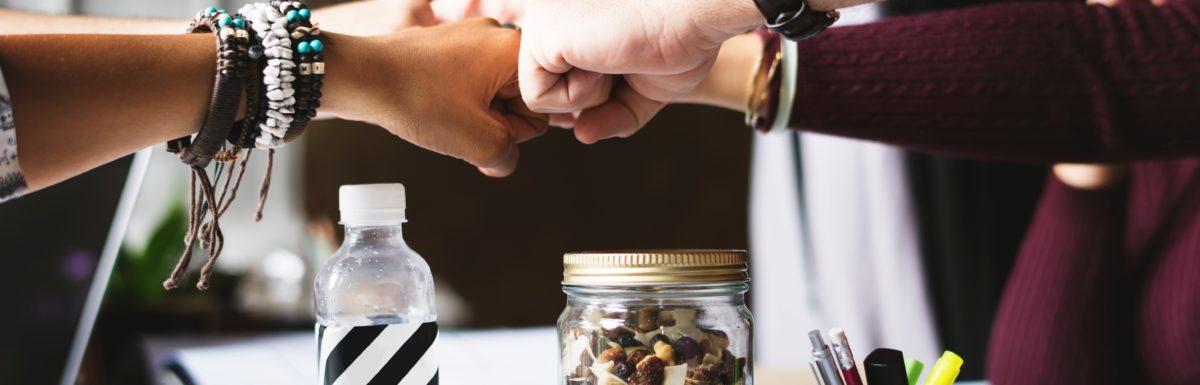 Como se relacionar com clientes e fornecedores no Ecommerce