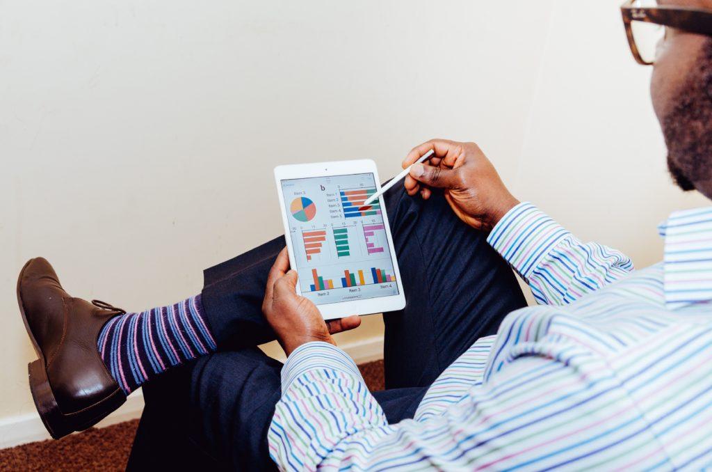 O que muda em estratégia de marketing da loja física para a online