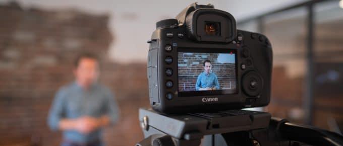 Vídeos para loja virtual: qual a importância e como fazer?